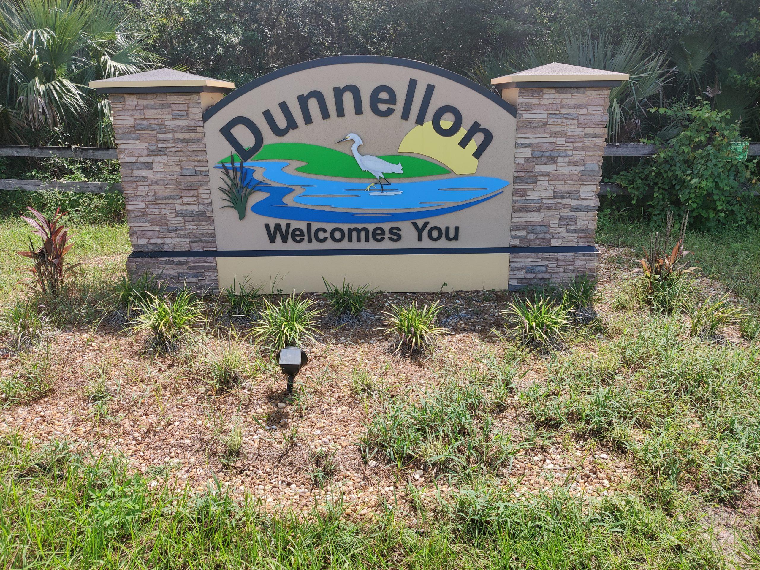 09-06-2021 Dunnellon's landscaped sign